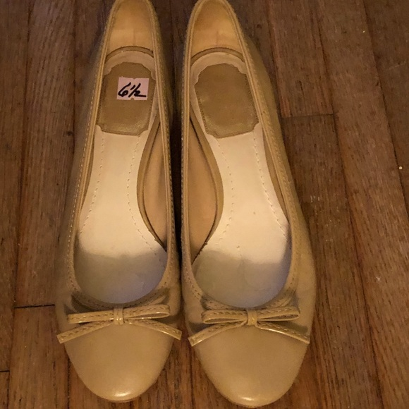 Christian Dior Classic Taupe  Bow Pump